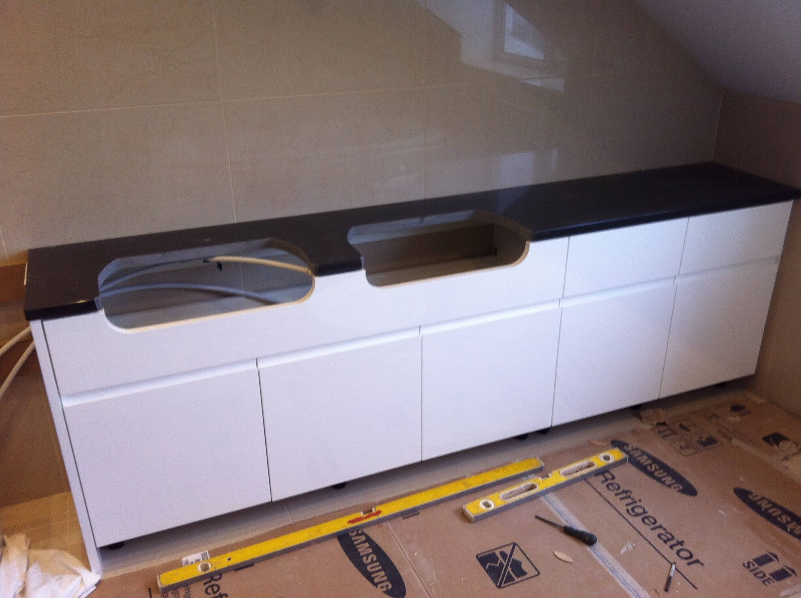 Worktop, doors and drawer fronts fitted