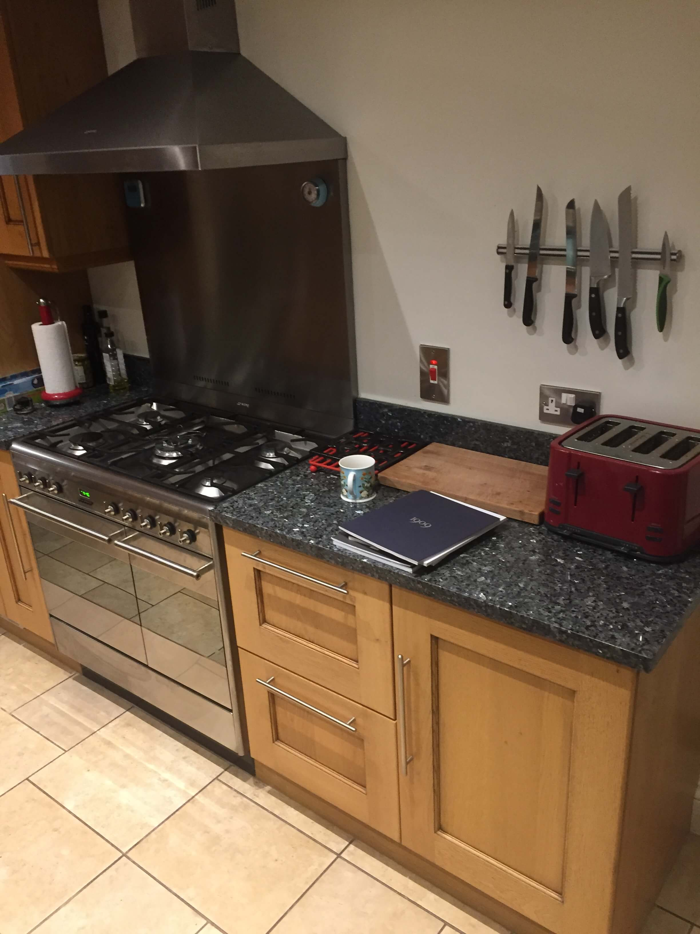 Old Kitchen with range and extractor
